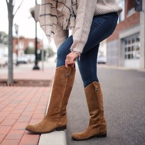 Size 8.5 suede brown Frye boots